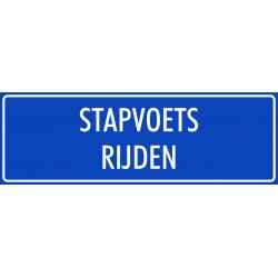 'Stapvoets rijden' bordjes (blauw)