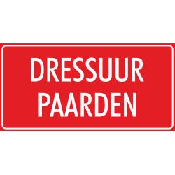 'Dressuur paarden' stickers (rood)